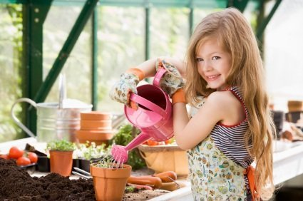 Source: http://www.naturemoms.com/blog/wp-content/uploads/2009/03/child-gardening.jpg